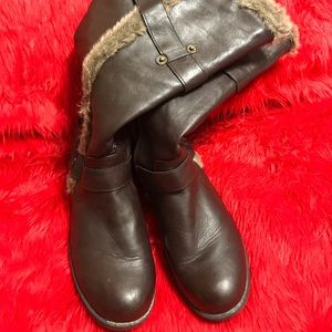 Brown Boot with Fur